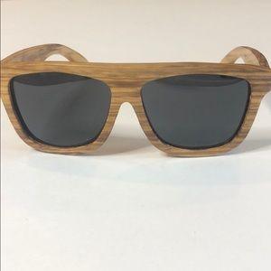Unisex Wood Sun glasses. New Earth 🌎